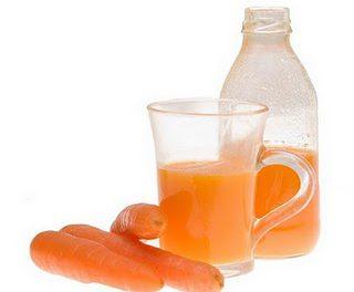 Atenúa las estrías con jugo de zanahorias