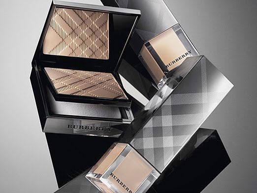 Burberry lanza su primera colección de maquillaje