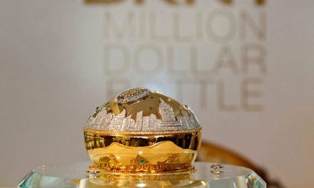 """DKNY """"Golden Delicious"""" valorado en un millón de dólares estuvo en Madrid"""