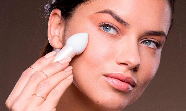 Dream Velvet de Maybelline NY, acaba con los brillos y las bases de maquillaje que secan la piel