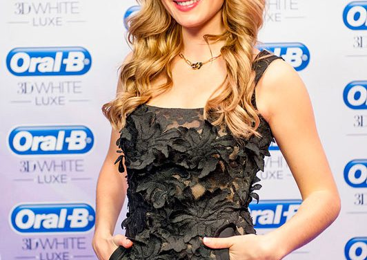 #sonreirestademoda, la primera española Miss Mundo posa con la mejor de sus sonrisas
