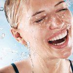 Nivea Hydra Iq, tecnología de autohidratacion non-stop