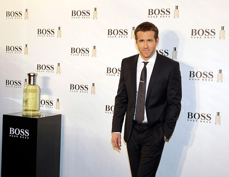Ryan Reynolds y MujerGlobal en el 15 aniversario de la fragancia masculina Boss Bottled