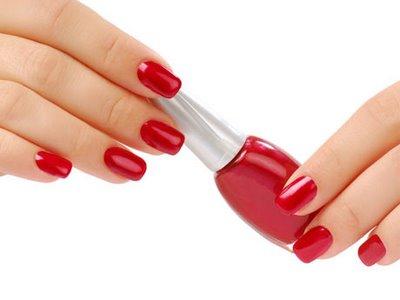 Trucos: forma y color que favorecen a tus uñas