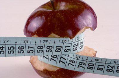 Adelgazar aumenta la pérdida de masa ósea aunque se haga ejercicio
