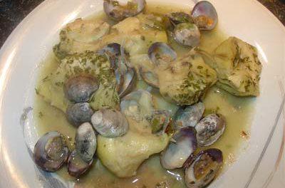 La receta del día: Alcachofas con almejas al aceite de oliva