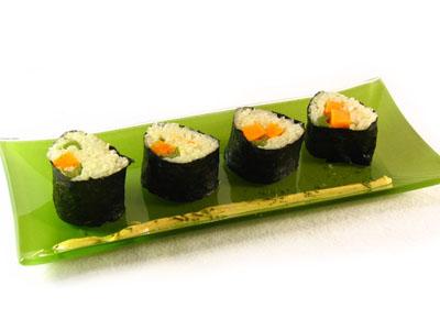 La receta del día: Algas nori rellenas de arroz