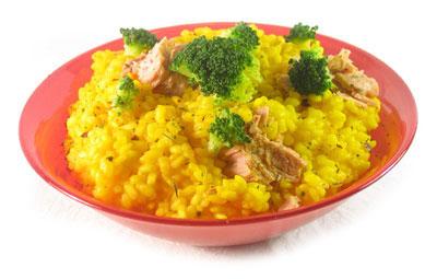 La receta del día: Arroz amarillo con brócoli y atún