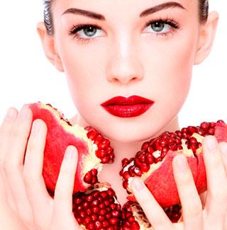 ¿Arrugas? Crema y aceite de granada, un potente antioxidante y reafirmante para las proteger la piel del envejecimiento