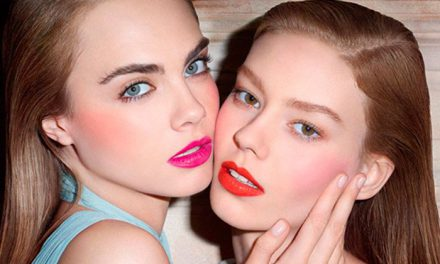 Baby Doll Kiss & Blush de YSL, labios y mejillas se visten de color con un mismo producto