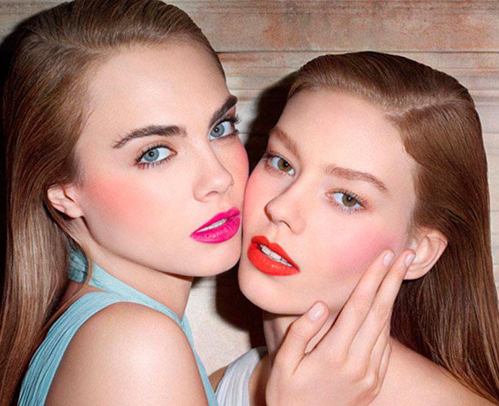 Baby Doll Kiss & Blush de YSL, labios y mejillas se visten de color con un mismo producto