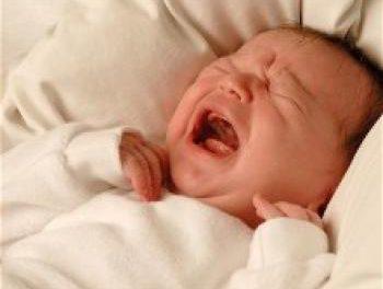 ¿Por qué llora un bebe?