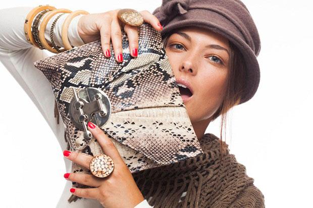 Completa tu look con accesorios de Meigallo