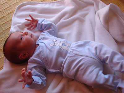 Desarrollo del bebé desde que nace: Cero meses