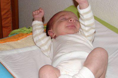 Desarrollo psicomotor del bebé: Primer mes