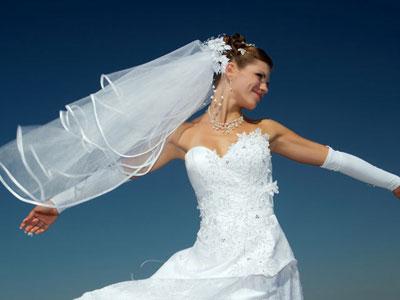 Blanca y radiante el día de la boda
