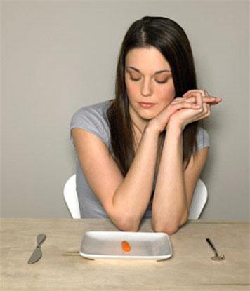 Las mujeres pasan una media de 10 años a dieta