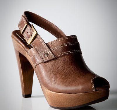 Edición limitada de zapatos de Stradivarius