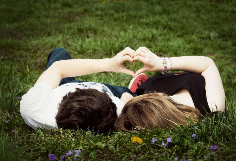 ¿Enganchada al amor? Descubre si es enamoramiento o amor lo que sientes