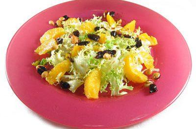 La receta del día: Ensalada de escarola y naranja con frutos secos