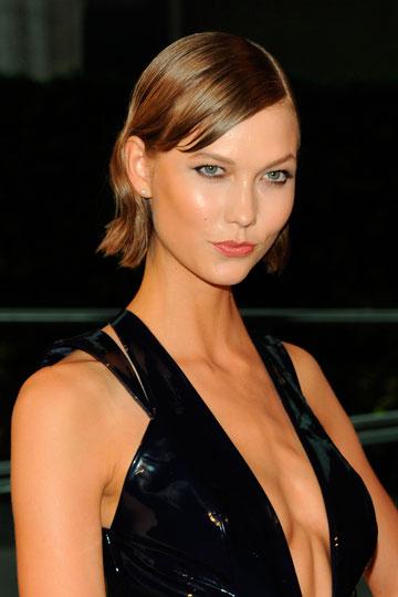 Los escotes de celebrities a examen y consejos para conseguir un pecho perfecto
