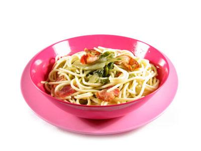 La receta del día: Espaguetis con acelga y bacón