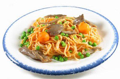 La receta del día: Espaguetis con guisantes, setas y calabaza