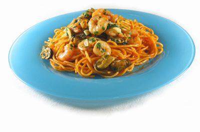 La receta del día: Espaguetis a la marinera con mejillones y gambas