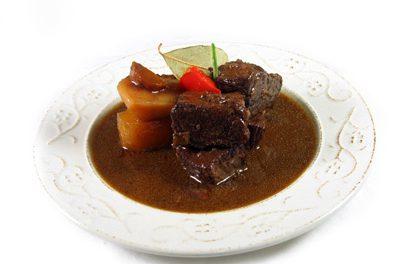 La receta del día: Estofado de carne de toro