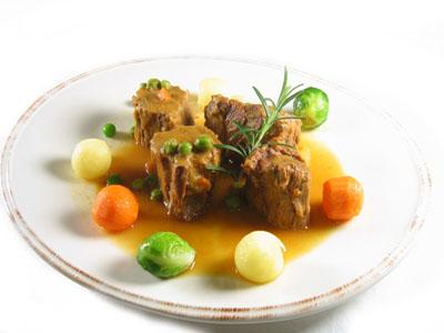 La receta del día: Estofado de ternera con romero y verduras