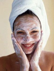 Prepara tu misma el exfoliante para la cara