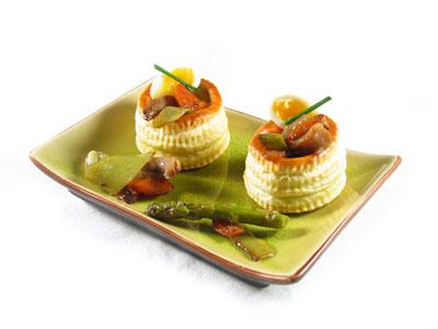 La receta del día: Hojaldres rellenos de verduras asadas y huevo de codorniz