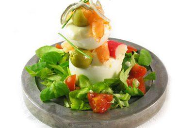 La receta del día: Huevos rellenos con gambas y gulas