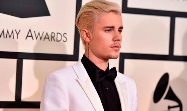 ¿Sabes cuál es el secreto de belleza de Justin Bieber para tener una piel luminosa?
