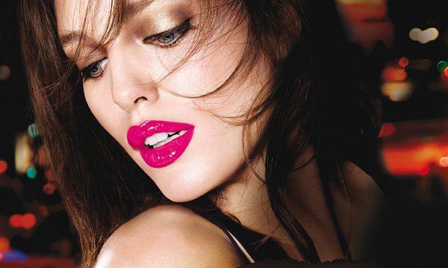 Labios hidratados, color intenso y brillo con Color Elixir de Maybelline