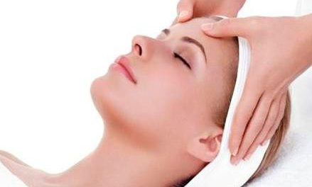 Limpieza, exfoliación y descongestión, prepara la piel para el otoño con el tratamiento de Eve Lom