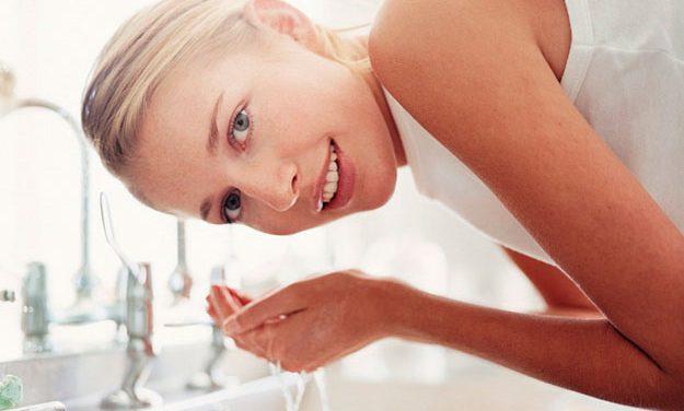 Limpieza facial, protección y preparación de la piel para el verano