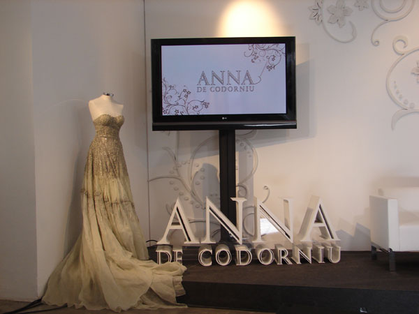 Lorenzo Caprile para Anna de Codorníu