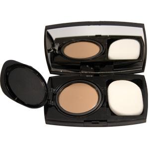 Maquillaje: Al momento de adquirirlos no hay que olvidar