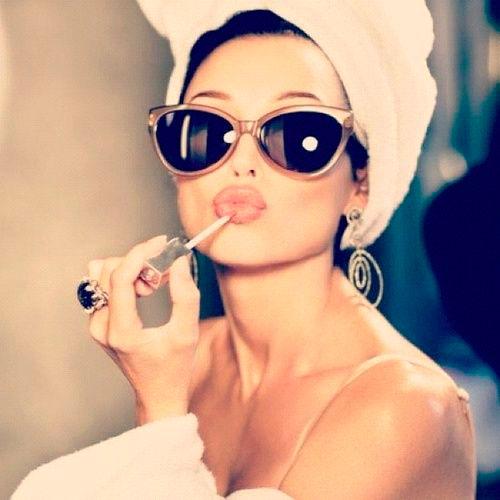 Maquillaje, 5 productos que no pueden faltar en tu neceser