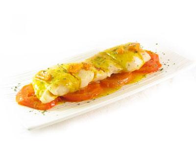 La receta del día: Merluza a la plancha con tomate asado y salsa bilbaína