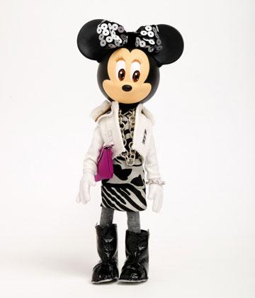 Minnie vestida por grandes diseñadores