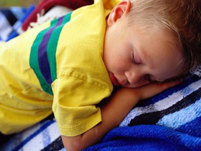 El niño que moja la cama, ¿qué hacer?