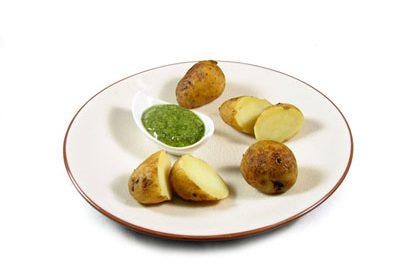 La receta del día: Patatas arrugadas con mojo de cilantro