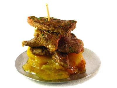 La receta del día: Pincho de ternera a la parrilla con patatas glaseadas