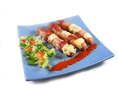 La receta del día: Salchichas de frankfurt con bacon y queso