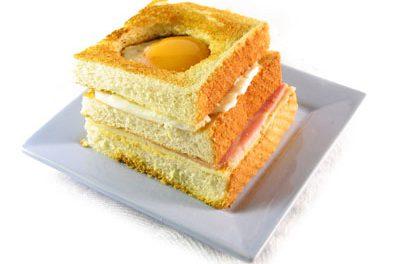La receta del día: Sándwich de jamón y queso con huevo a la plancha