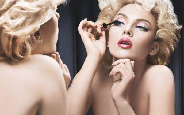 Scarlett Johansson repite para Dolce & Gabbana