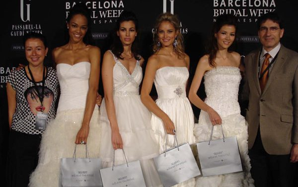 Selvert Thermal en el desfile de la firma nupcial Pepe Botella