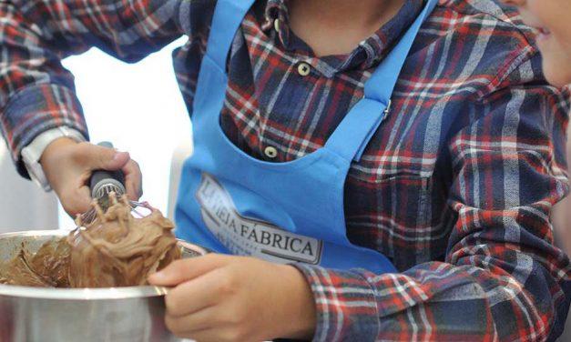 Taller y receta de cheesecake con la crema de avellanas de La Vieja Fábrica